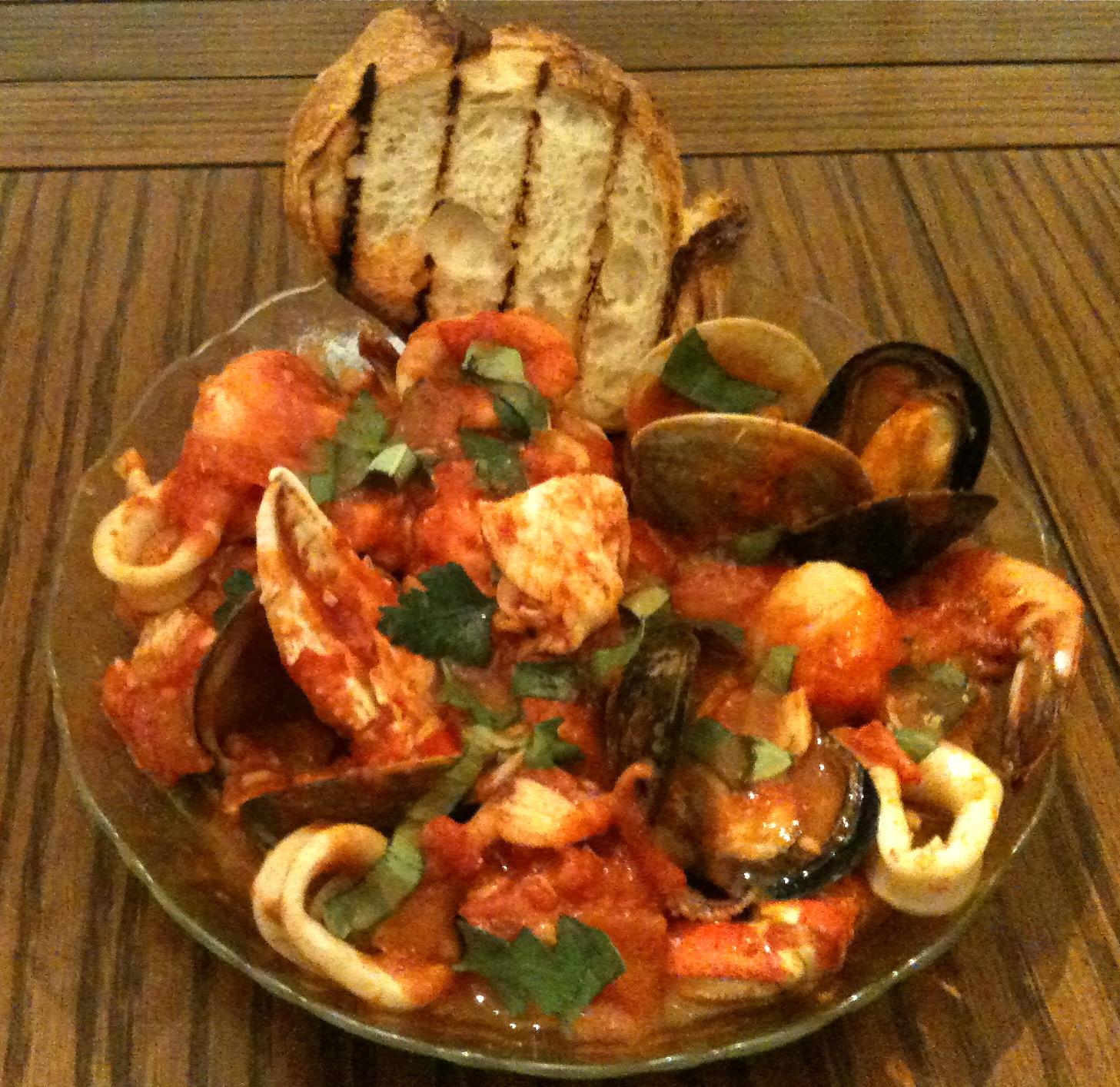 Weekend Recipe: Cioppino | Gianni's North Beach